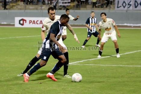 Preciado sobre el final del primer tiempo se perdió la oportunidad de anotar (Foto: Club Alianza Lima).